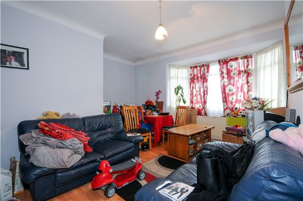 2 bed flat for sale in Parchmore Way, Thornton Heath, Surrey