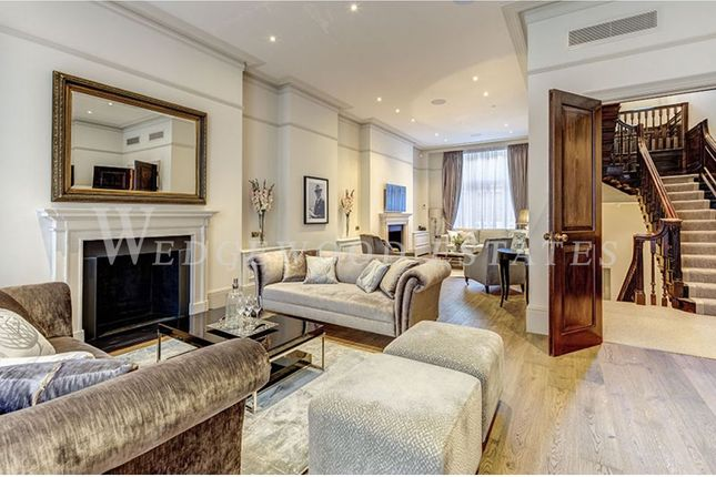 Thumbnail Town house for sale in Hertford Street, Mayfair, London