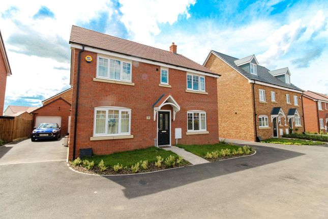 Thumbnail Detached house for sale in Lionheart Avenue, Bishops Tachbrook, Leamington Spa