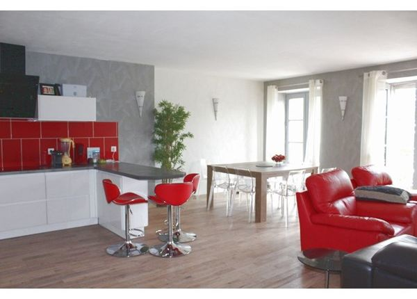 3 bed apartment for sale in 17000, La Rochelle, Fr