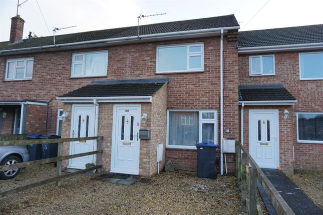 Thumbnail Terraced house to rent in Queensway, Warminster
