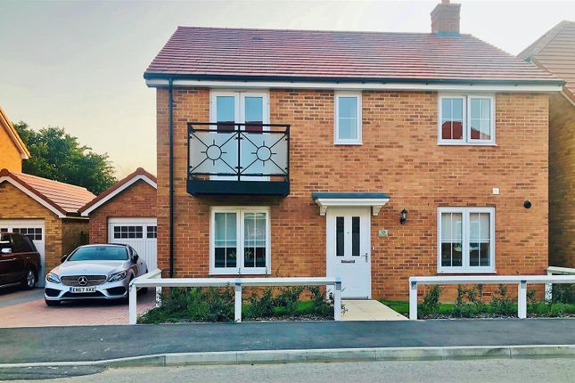 Thumbnail Detached house for sale in The Creek, Walton On The Naze