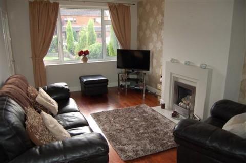 Living Room of Robin Close, Charnock Richard PR7