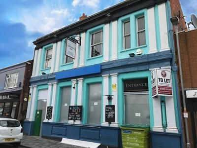 Thumbnail Pub/bar for sale in Annie's Bar, 11 West St. Marys Gate, Grimsby, Lincolnshire