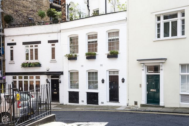 Thumbnail Mews house to rent in Hays Mews, London