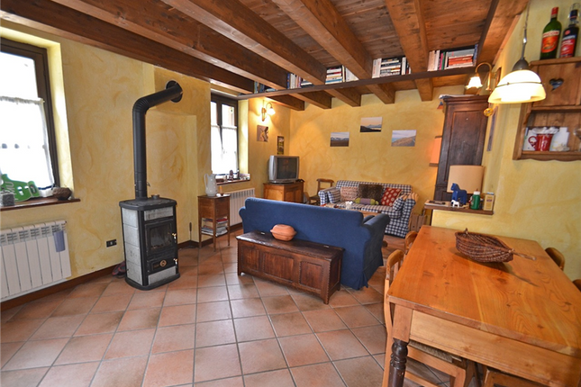 Thumbnail 2 bed apartment for sale in Gressoney-La-Trinite, Valle d Aosta, Italy