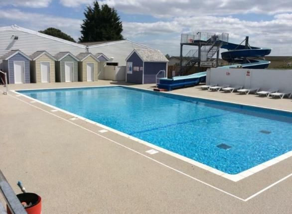 Breydon water holiday park butt lane burgh castle nr31 - Great yarmouth swimming pool times ...