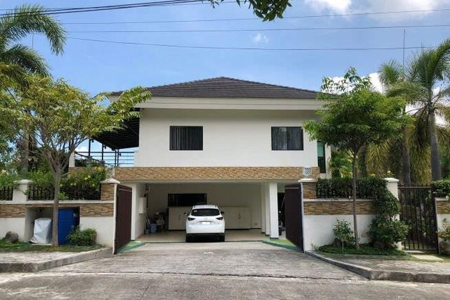 Detached house for sale in Cebu, Philippines