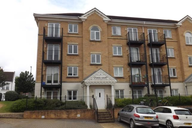 Thumbnail Flat for sale in The Dell, Southampton, Hampshire