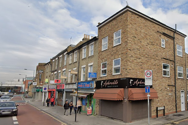 Thumbnail Flat to rent in High Road, Woodgreen