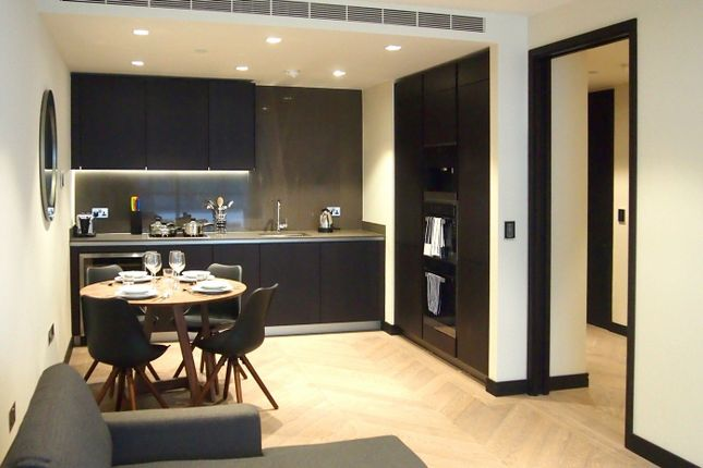 2 bed flat for sale in One Tower Bridge, London