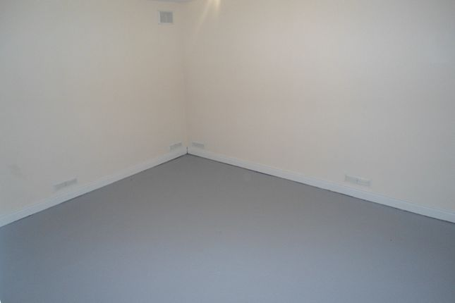 Basemant Room of Bawtry Rd, Bramley, Rotherham S66