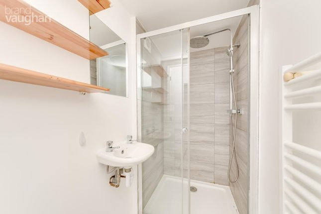 Bathroom of The Bay, Thorn Road, Worthing BN11