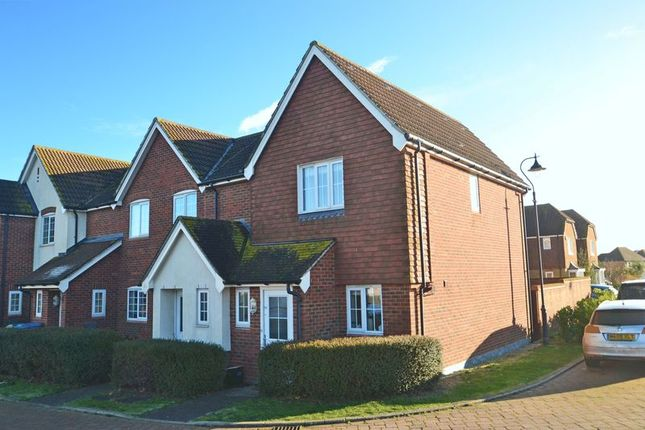 2 bed end terrace house for sale in Cormorant Road, Iwade, Sittingbourne