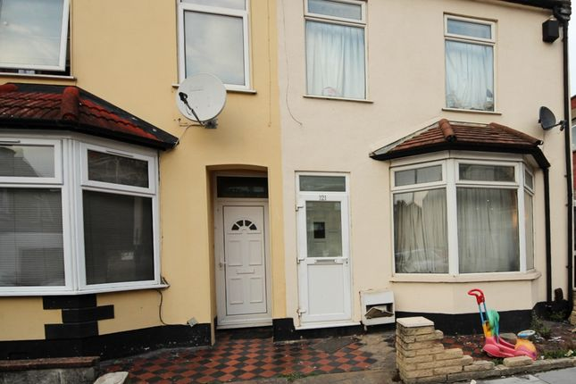 Thumbnail Terraced house for sale in Francis Avenue, Ilford