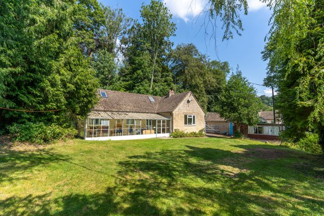 2 bed detached bungalow for sale in Woodstock Lane, Avening, Tetbury GL8