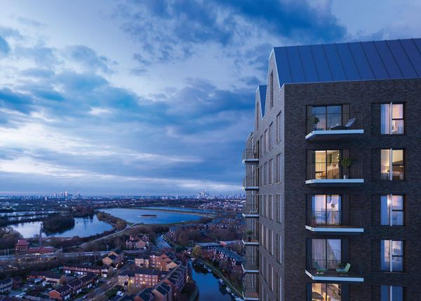 Thumbnail Flat for sale in Rise, Lock17, Tottenham Hale