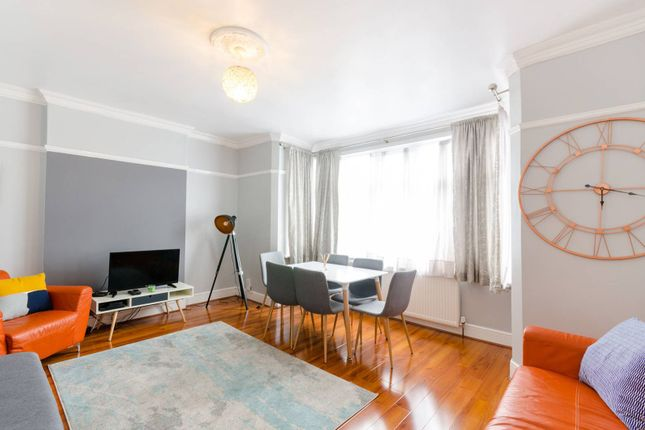 Thumbnail Flat to rent in Albert Road, South Norwood