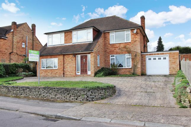 Thumbnail Detached house for sale in St. Michaels Avenue, Leverstock Green. Hertfordshire