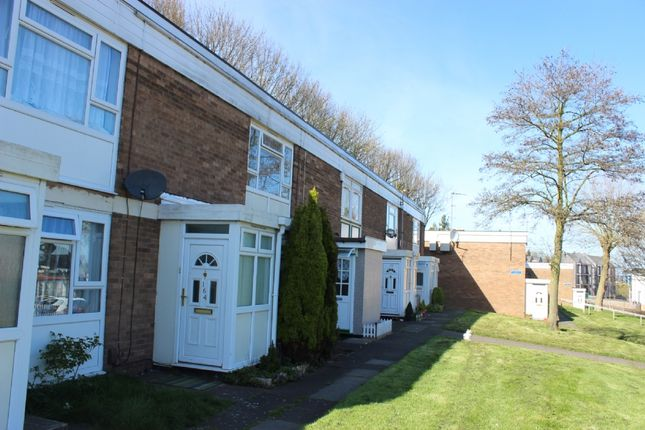 Thumbnail Flat to rent in Beacon View, West Bromwich, West Midlands