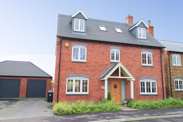 Thumbnail Detached house for sale in Millers Road, Welford