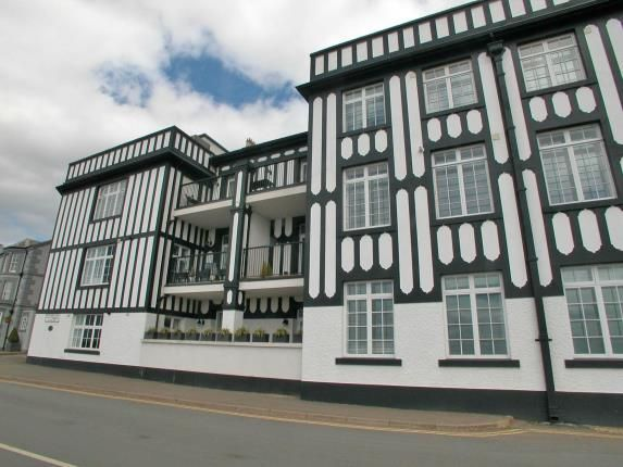 Thumbnail Flat for sale in Mostyn House, Grenfell Park, Parkgate, Neston