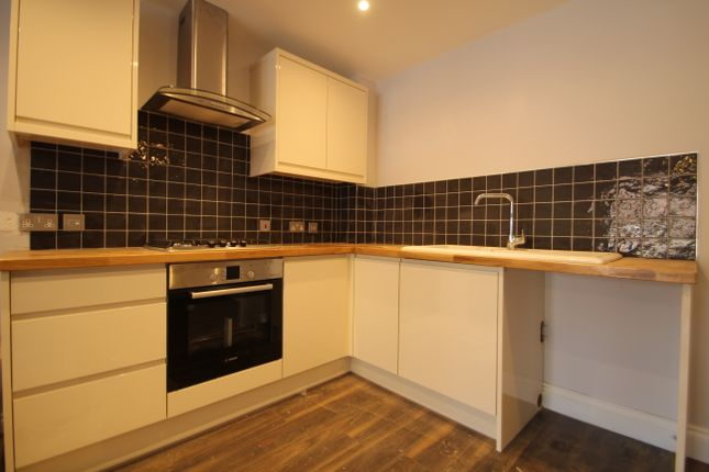 Thumbnail Flat to rent in Nym Close, Camberley