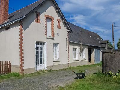 Property for sale in Noellet, Maine-Et-Loire, France
