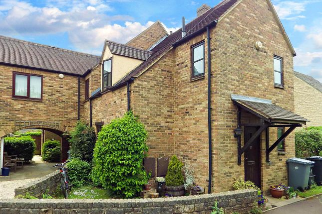 Thumbnail Semi-detached house to rent in Cotswold Meadow, Witney, Oxfordshire