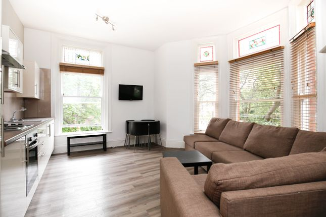 Thumbnail Flat to rent in Osborne Avenue, Jesmond, Newcastle Upon Tyne