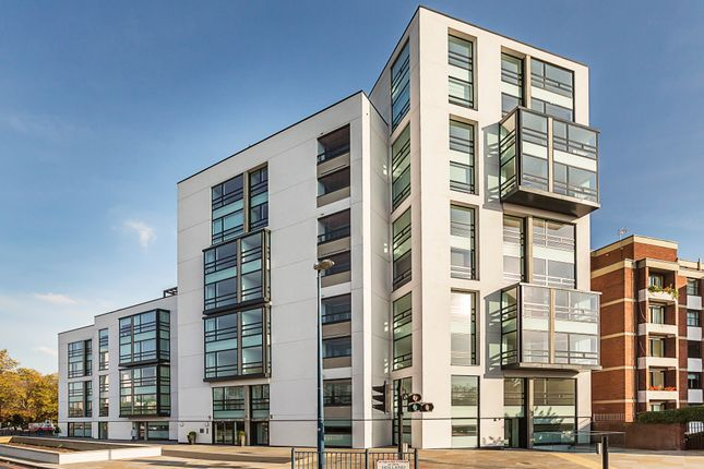 Thumbnail Flat for sale in Taverners Close, Addison Avenue, London