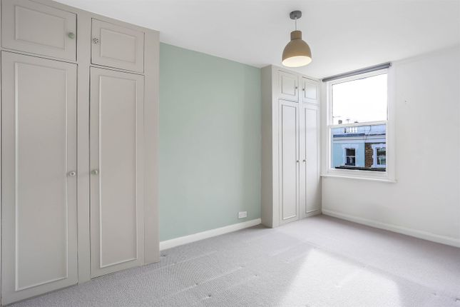 Thumbnail Maisonette to rent in Countess Road, Kentish Town