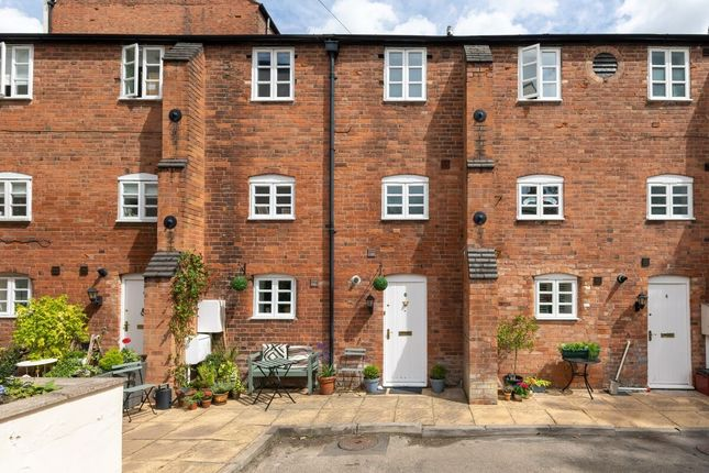 Thumbnail Flat for sale in New Brook Street, Leamington Spa