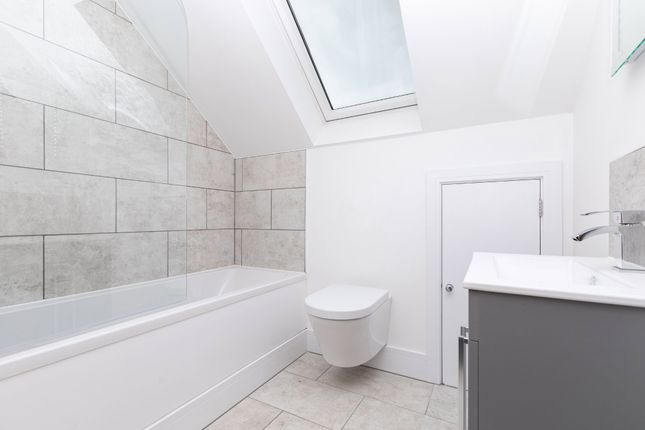Modern Bathroom of Shortmead Street, Biggleswade, Beds SG18