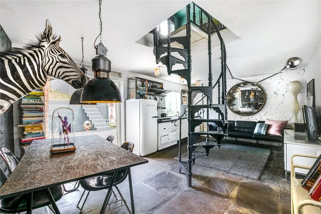 Thumbnail End terrace house for sale in Gifford Street, London
