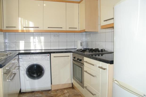 Thumbnail Flat to rent in St. Michaels Close, Plymouth