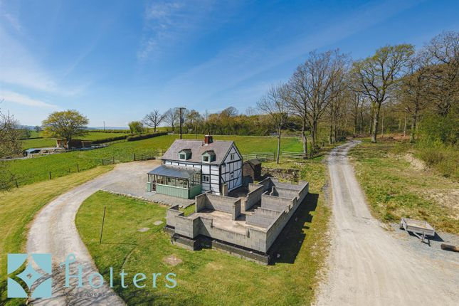 Thumbnail Cottage for sale in Efail Penyffridd, Pont Robert, Meifod