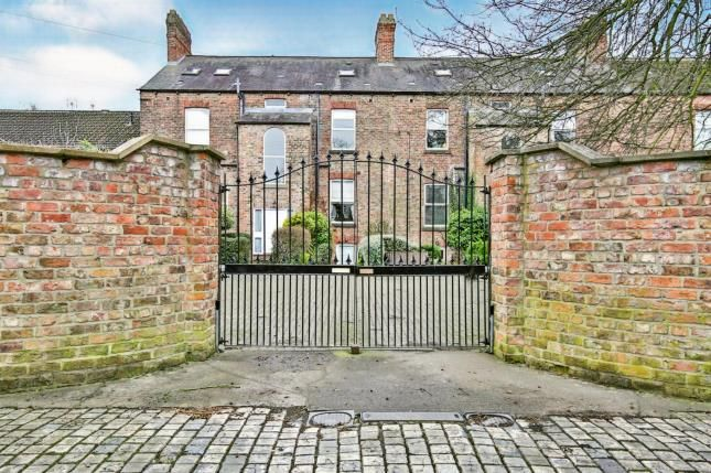Thumbnail Flat for sale in Cleveland Terrace, Darlington, Co Durham