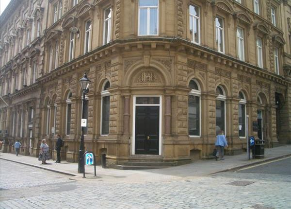 Thumbnail Commercial property to let in 7/9, Crossley Street, Halifax, West Yorkshire