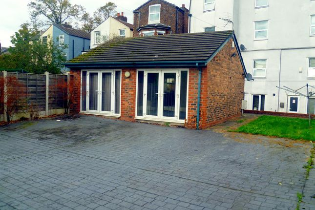Thumbnail Detached bungalow to rent in Monton Road, Eccles, Manchester