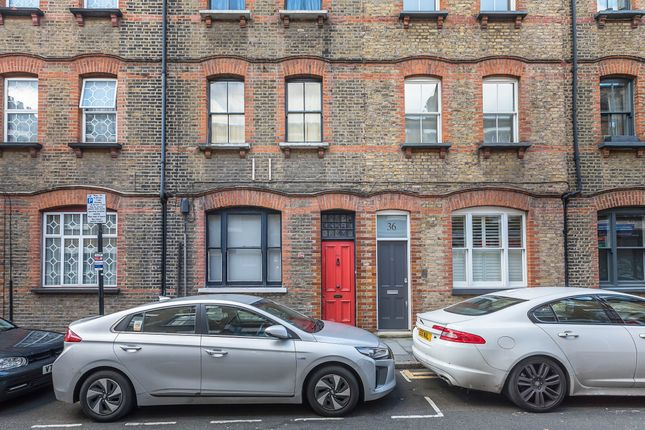 Thumbnail Terraced house for sale in Princelet Street, Spitalfields