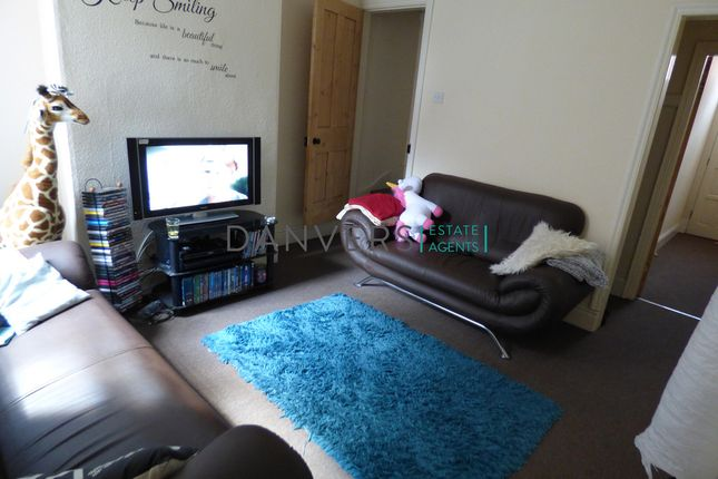3 bed terraced house to rent in Browning Street, Leicester