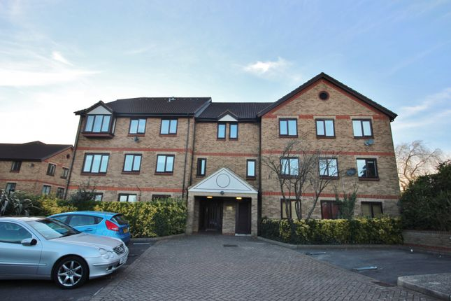 Thumbnail Flat to rent in Chalice Court, Deanery Close, East Finchley