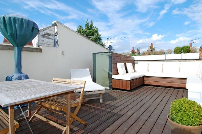 Thumbnail Property to rent in Slaidburn Street, London