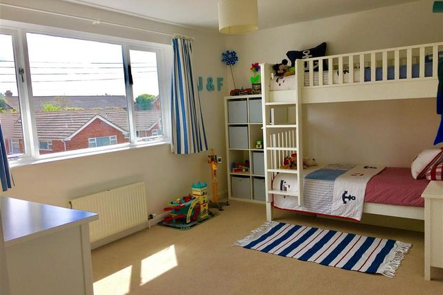 New road headcorn ashford kent tn27 4 bedroom semi for The headcorn minimalist house kent