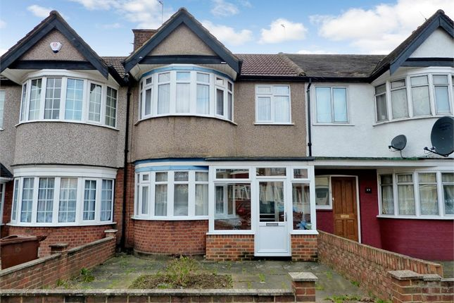3 bed terraced house to rent in Lynton Road, Harrow, Middlesex