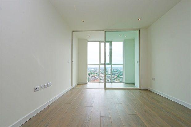 1 bed flat for sale in Sky Gardens, Nine Elms, London