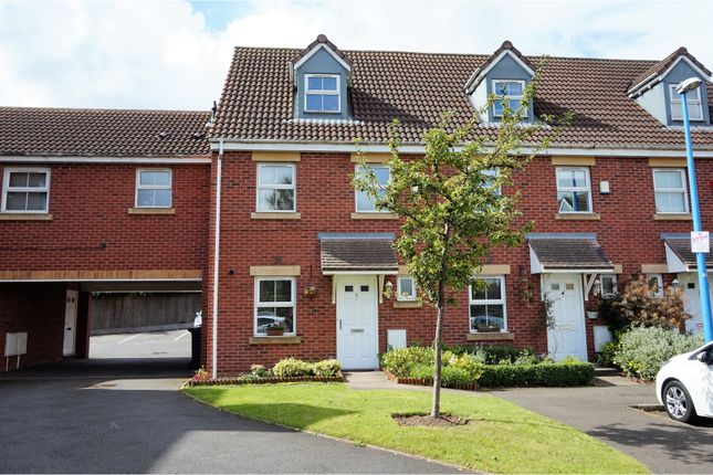 Thumbnail Town house for sale in Princes Way, Oldbury