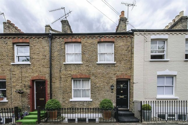 Thumbnail Terraced house to rent in Dagmar Road, Windsor, Berkshire