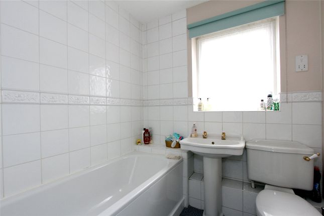 Bathroom of Stewart Close, Abbots Langley WD5